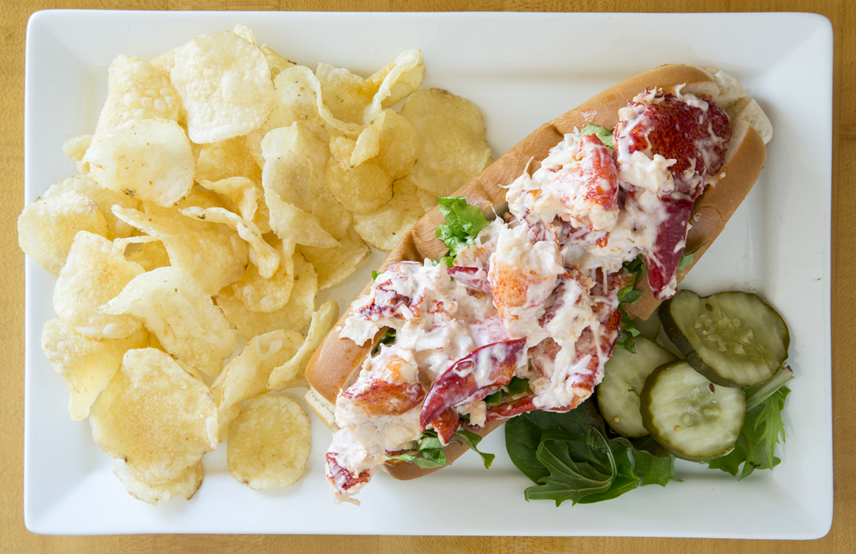 Alissons-Lobster Roll-52.jpg